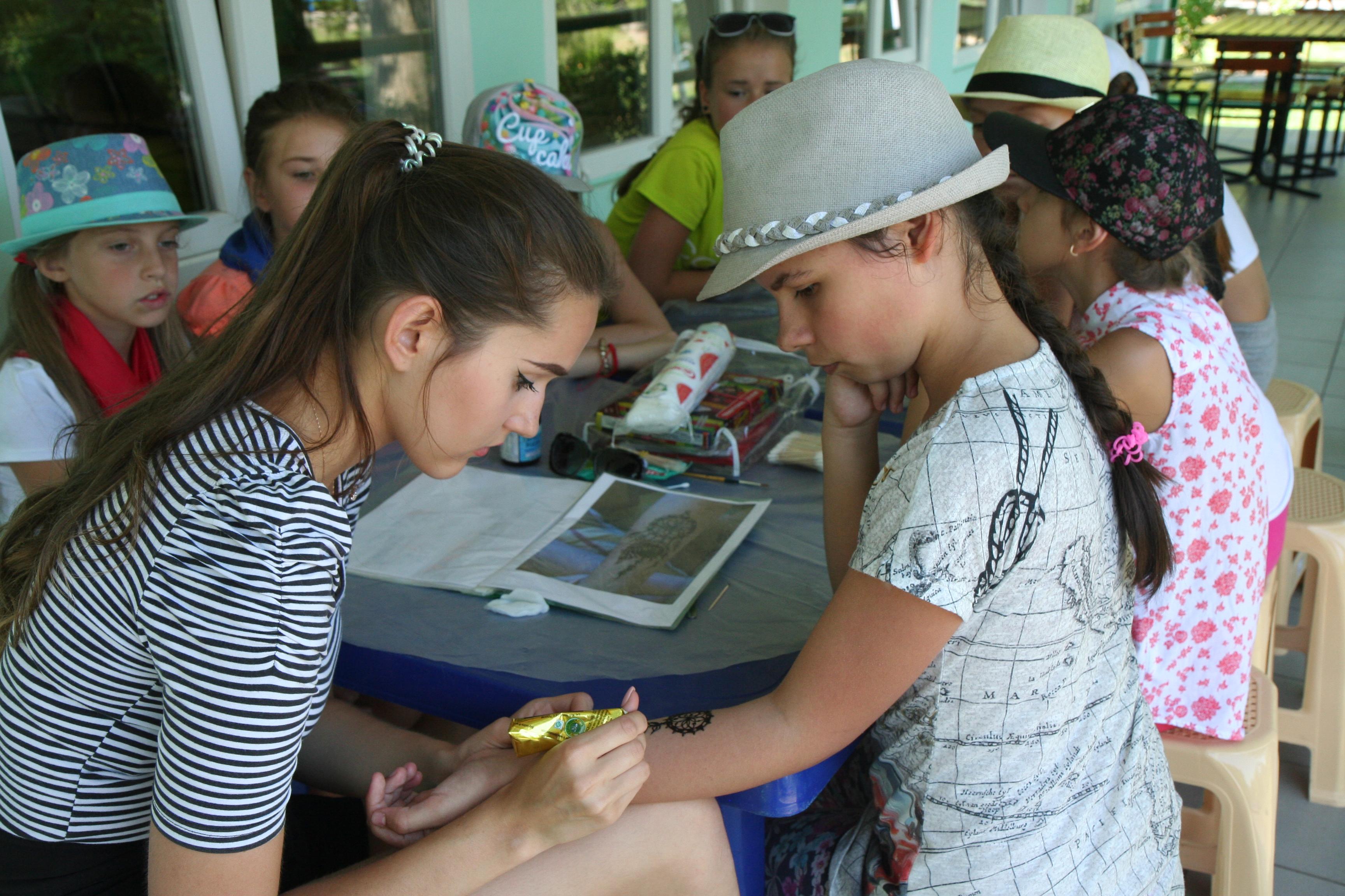 Ролевая игра в загородном лагере читать онлайнi поиск скачатьигру арена онлайн