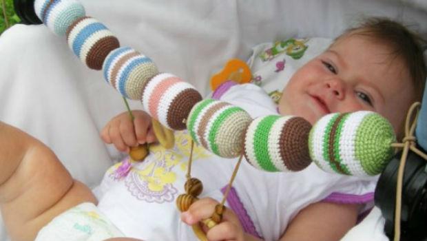 Игрушки для самых маленьких своими руками фото