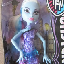 Кукла Monster High Abbey Bominable Scaris City of Frights